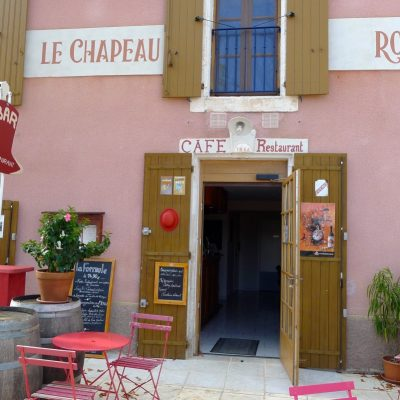 Restaurant Le Chapeau Rouge in Simiane-la-Rotonde ....
